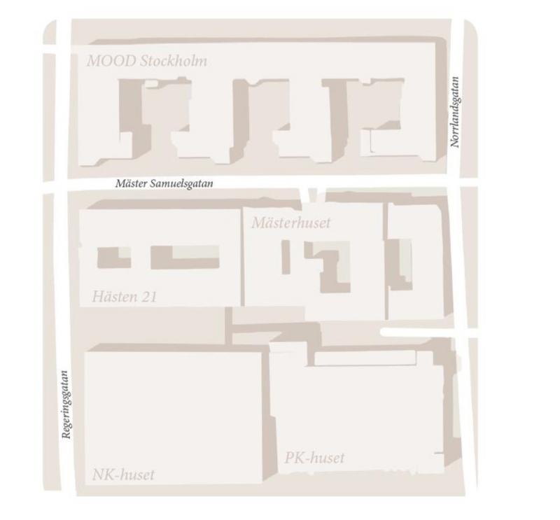 Pembroke äger, inom kartan, utöver fastigheten Hästen även PK-huset och Mästerhuset. Mood Stockholm ägs av AMF Fastigheter och NK-huset ägs av Hufvudstaden.