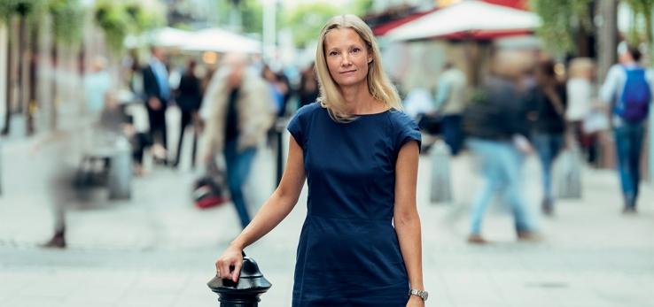 """Anneli Jansson under Fastighetsvärldens """"omslagsfotografering"""" hösten 2015."""