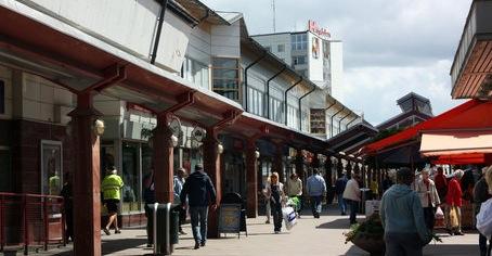 Högdalen Centrum i södra Stockholm har fått en ny ägare.