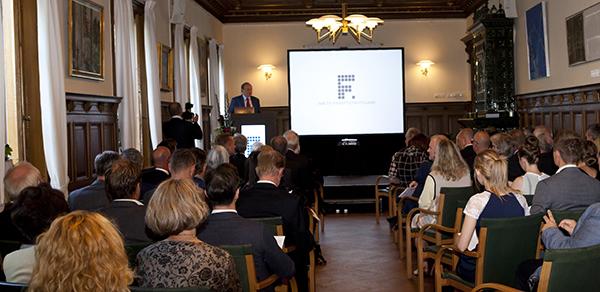 Prisutdelningen ägde rum i Gamla Biskopshuset på Lunds universitet.