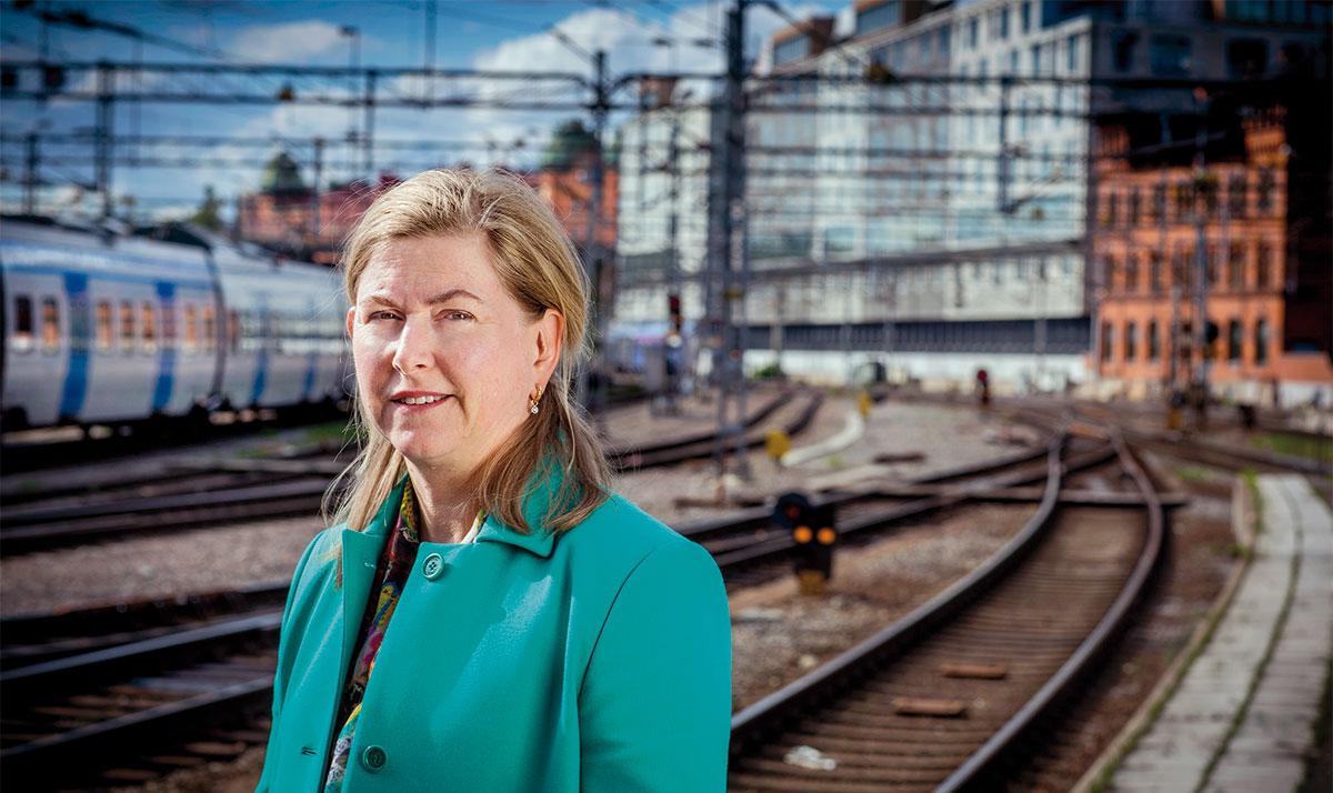 Stockholms centralstation, Sveriges mest trafikerade tågknutpunkt med 250 000 resenärer dagligen, är anrik men samtidigt aningen daterad. Citybanans huvudstation (Orgelpipan 6) som byggs på andra sidan Vasagatan kommer att tillåta en betydligt högre grad av kommersialisering.