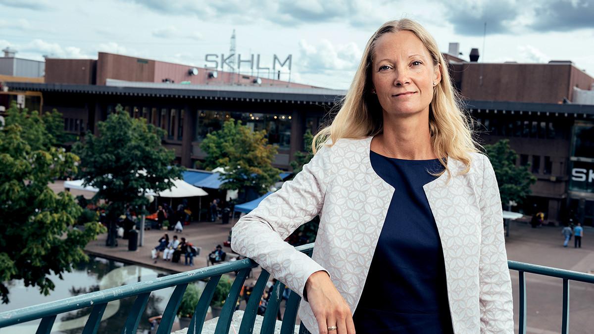 Anneli Janssons Grosvenor överraskade genom att förvärva Skärholmens Centrum i en jätteaffär om 3,5 miljarder kronor. Nu planerar bolaget för att utvidga handelsytorna och för att bygga bostäder i det expansiva området.