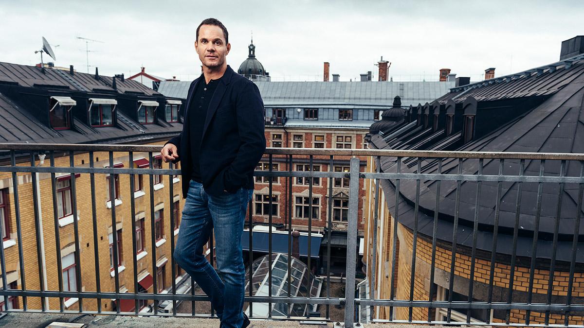 Fredrik Holmströms Magnolia Bostad expanderar kraftigt och tog steget in på börsen i juni.
