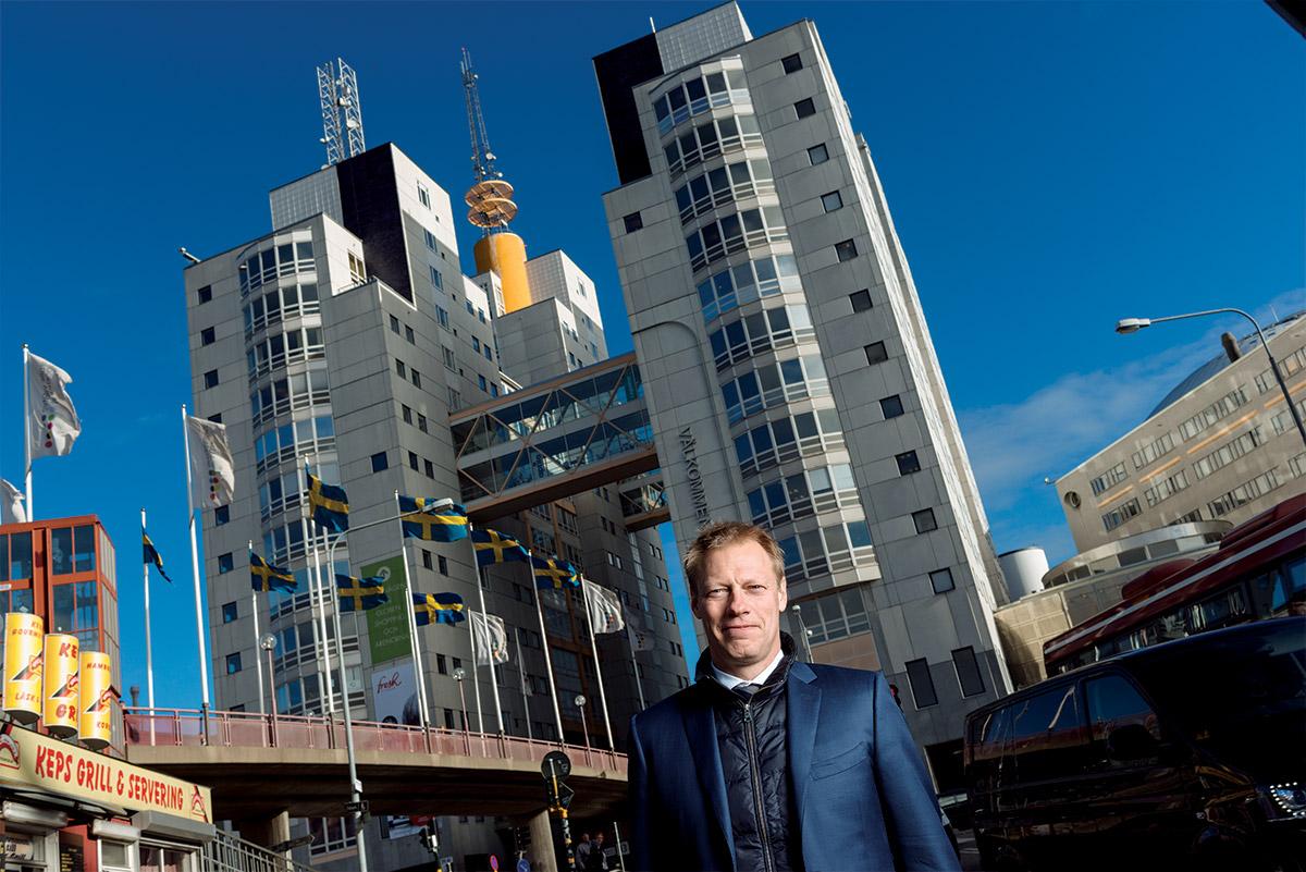 Försäljningen av kontorshusen runt Globen är en av de större affärer där Thomas Persson varit rådgivare under de senaste åren. Efter en tuff budgivning blev det Klövern som förvärvade fastigheterna för cirka 3,8 miljarder kronor.