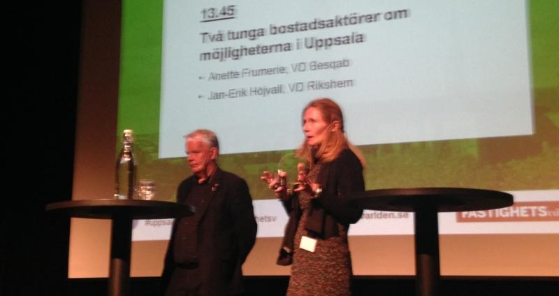 Jan-Erik Höjvall och Anette Frumerie pratade bostäder.