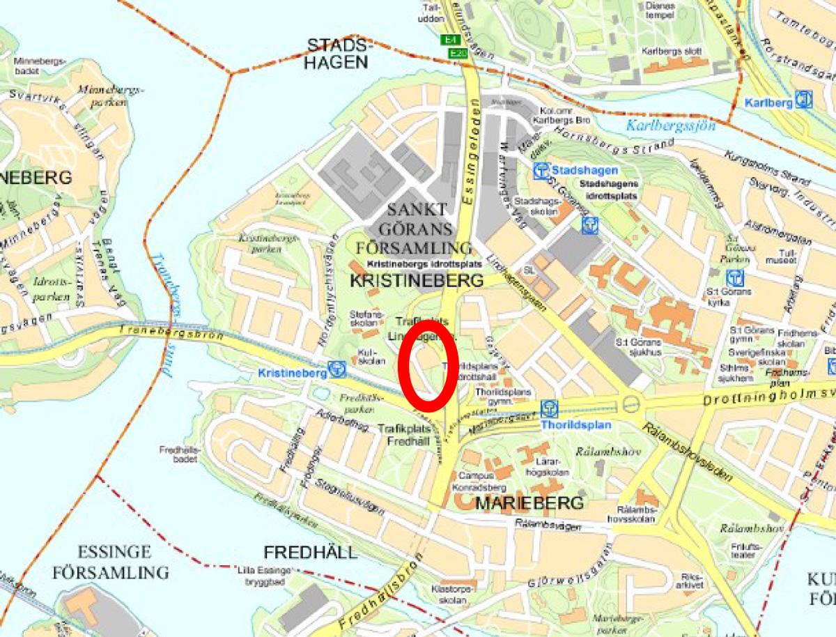 Planområdet ligger intill Essingeleden och Drottningholmsvägen.