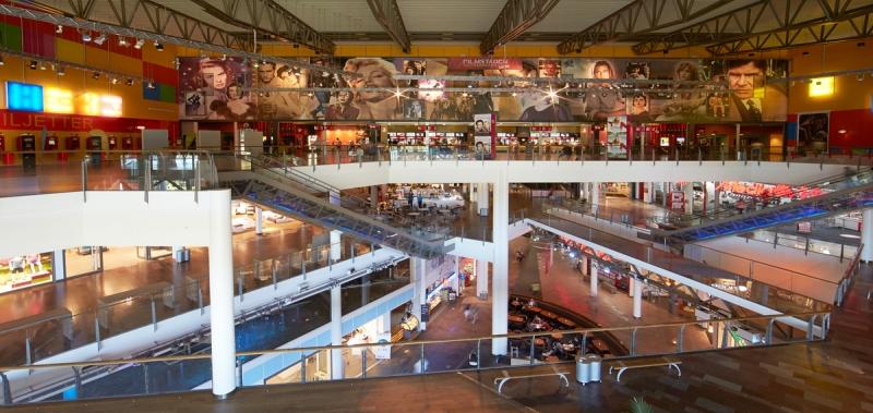 Heron city innehåller bland annat en biograf med 18 dukar och 4200 platser. Bild: CBRE.