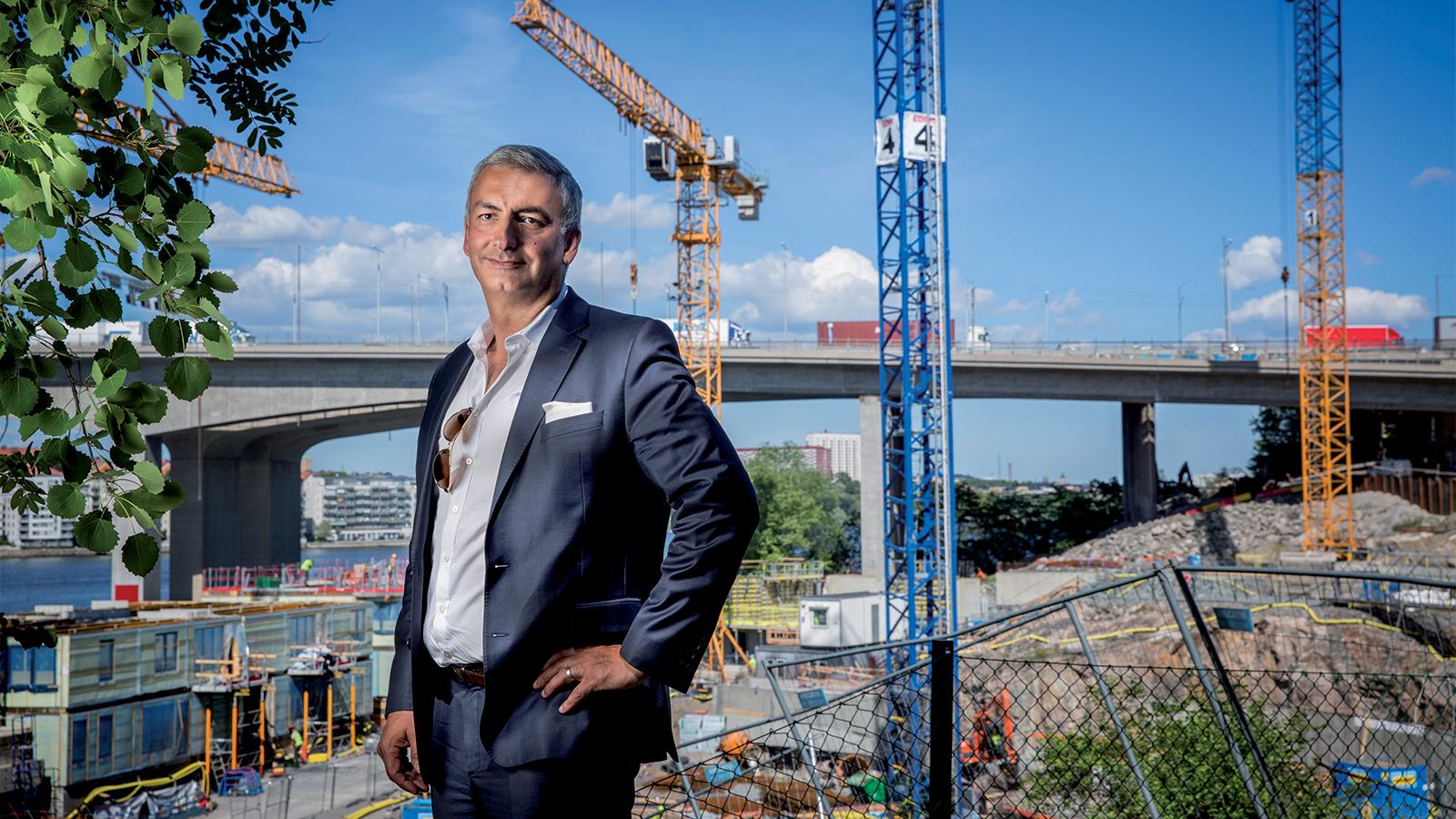 Samir Taha och hans bolag Aros Bostad ska framöver inte endast syssla med att bygga bostadsrätter. Nu breddas paletten.