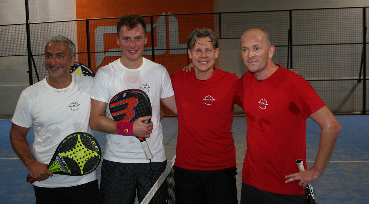 Finalparen efter en hård match som Borg/Engström vann med 4-1 i game.