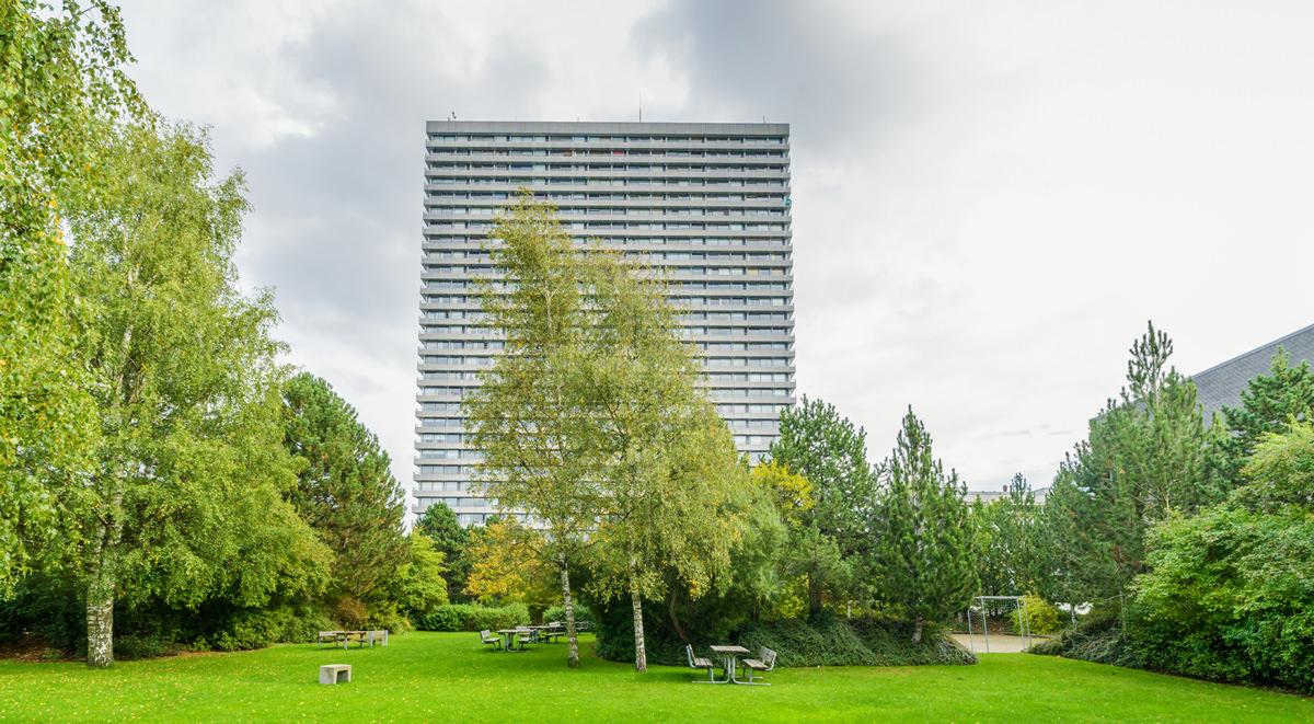 Domus Vista innehåller 29 våningar. Merparten bostäder, men även med handel i bottenvåningarna.