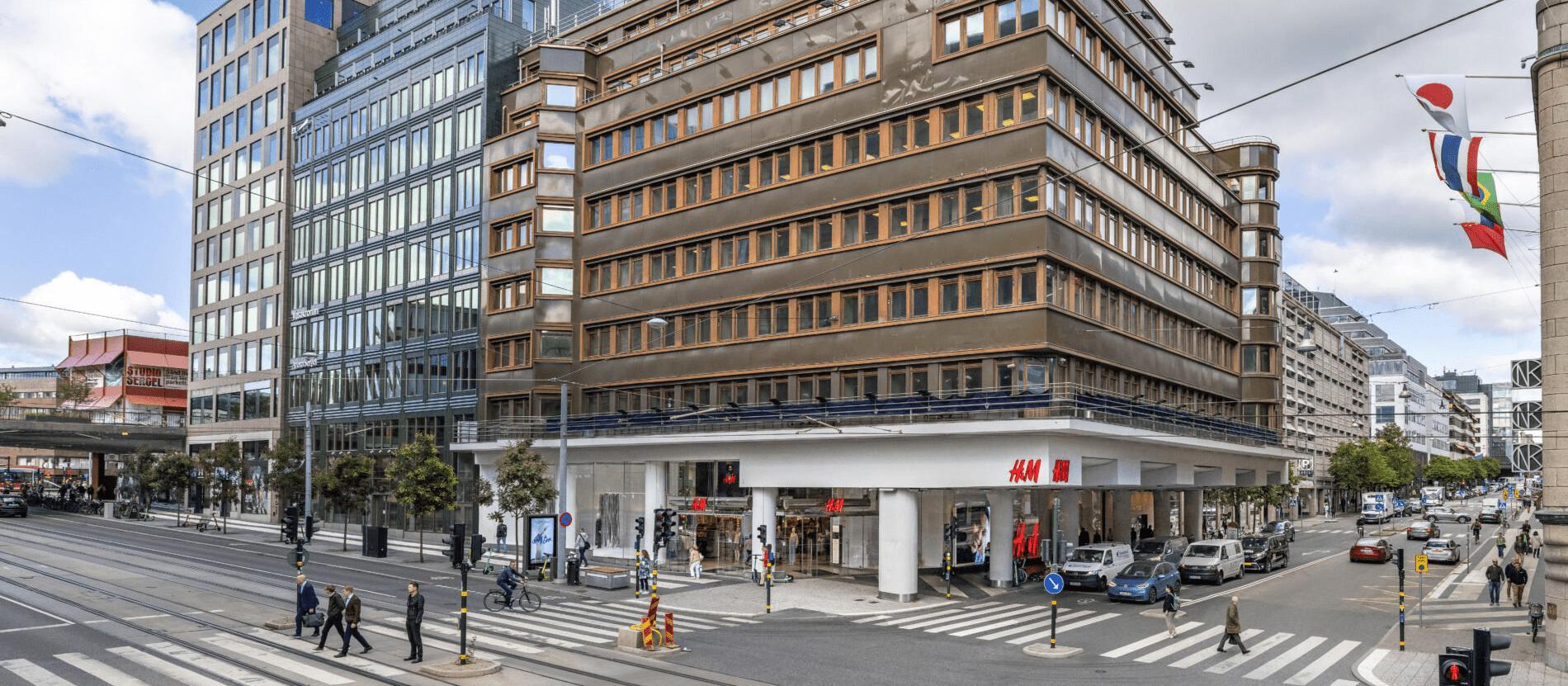 H&M stänger flaggskeppsbutiken på Hamngatan i Stockholm
